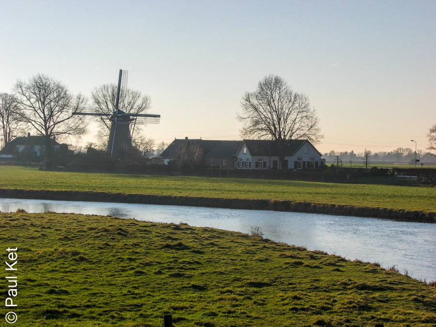 "Taken at Latitude/Longitude:51.905363/5.405290. 0.81 km South Zoelen Gelderland Netherlands <a href=""http://www.geonames.org/maps/google_51.905363_5.405290.html""> (Map link)</a>"