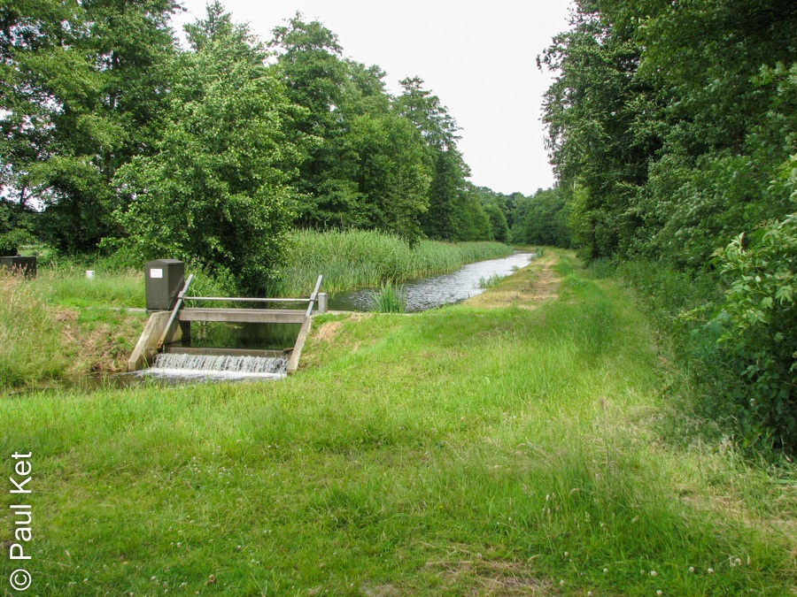 "Taken at Latitude/Longitude:52.505420/6.235466. 1.03 km North-East Emmen Overijssel Netherlands <a href=""http://www.geonames.org/maps/google_52.505420_6.235466.html""> (Map link)</a>"