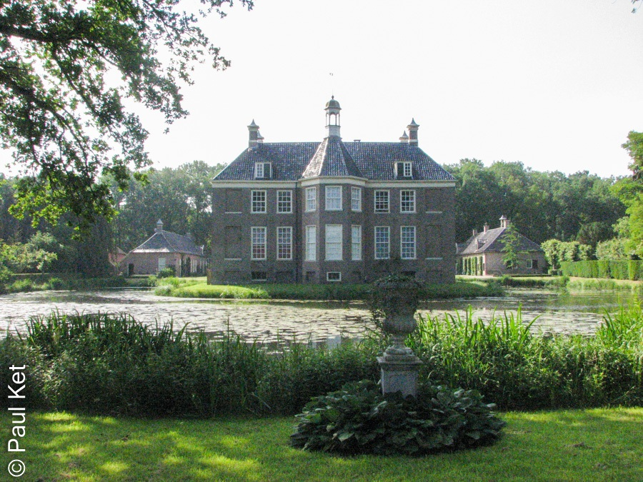 "Taken at Latitude/Longitude:52.498337/6.217403. 0.11 km North-East Mataram Overijssel Netherlands <a href=""http://www.geonames.org/maps/google_52.498337_6.217403.html""> (Map link)</a>"