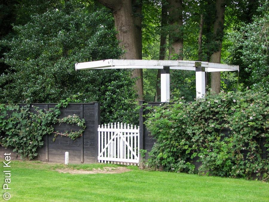 "Taken at Latitude/Longitude:52.482444/6.175830. 0.66 km South-East Wijthmen Overijssel Netherlands <a href=""http://www.geonames.org/maps/google_52.482444_6.175830.html""> (Map link)</a>"