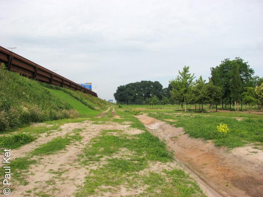 "Taken at Latitude/Longitude:52.555811/6.129424. 1.07 km South-East Genne Overijssel Netherlands <a href=""http://www.geonames.org/maps/google_52.555811_6.129424.html""> (Map link)</a>"