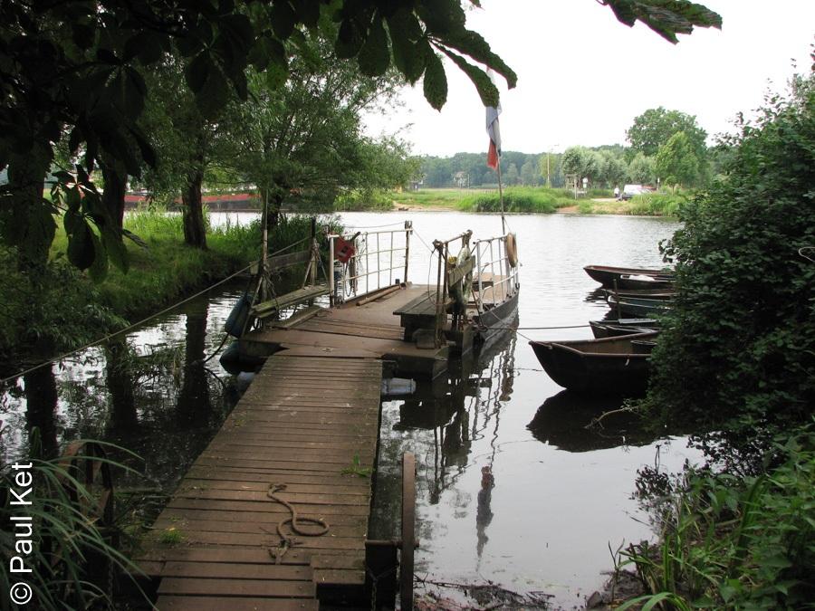 "Taken at Latitude/Longitude:52.556970/6.121668. 0.66 km South-East Genne Overijssel Netherlands <a href=""http://www.geonames.org/maps/google_52.556970_6.121668.html""> (Map link)</a>"