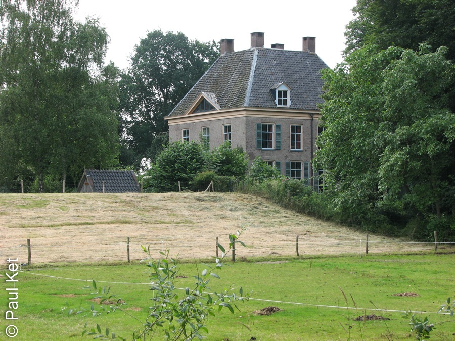 "Taken at Latitude/Longitude:52.557197/6.120576. 0.61 km South-East Genne Overijssel Netherlands <a href=""http://www.geonames.org/maps/google_52.557197_6.120576.html""> (Map link)</a>"
