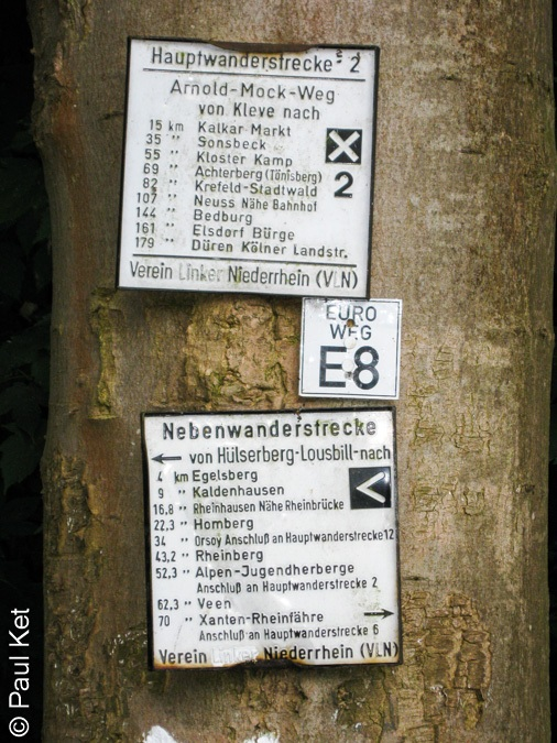 "Taken at Latitude/Longitude:51.538898/6.510353. 1.71 km West Saalhoff North Rhine-Westphalia Germany <a href=""http://www.geonames.org/maps/google_51.538898_6.510353.html""> (Map link)</a>"