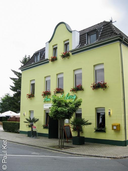 "Taken at Latitude/Longitude:51.479599/6.511487. 0.90 km East Wickrath North Rhine-Westphalia Germany <a href=""http://www.geonames.org/maps/google_51.479599_6.511487.html""> (Map link)</a>"