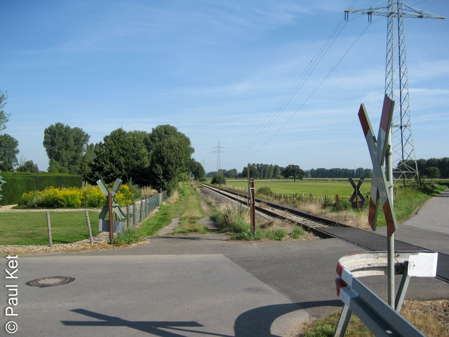 "Taken at Latitude/Longitude:51.028175/6.181546. 1.19 km East Porselen North Rhine-Westphalia Germany <a href=""http://www.geonames.org/maps/google_51.028175_6.181546.html""> (Map link)</a>"
