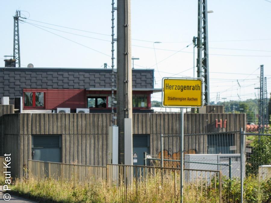 "Taken at Latitude/Longitude:50.875422/6.094557. 0.71 km North-West Herzogenrath North Rhine-Westphalia Germany <a href=""http://www.geonames.org/maps/google_50.875422_6.094557.html""> (Map link)</a>"