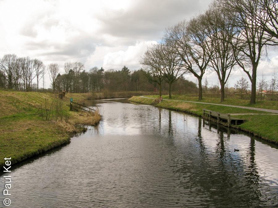 "Taken at Latitude/Longitude:52.072565/5.476208. 0.82 km North-West Holevoet Gelderland Netherlands <a href=""http://www.geonames.org/maps/google_52.072565_5.476208.html""> (Map link)</a>"
