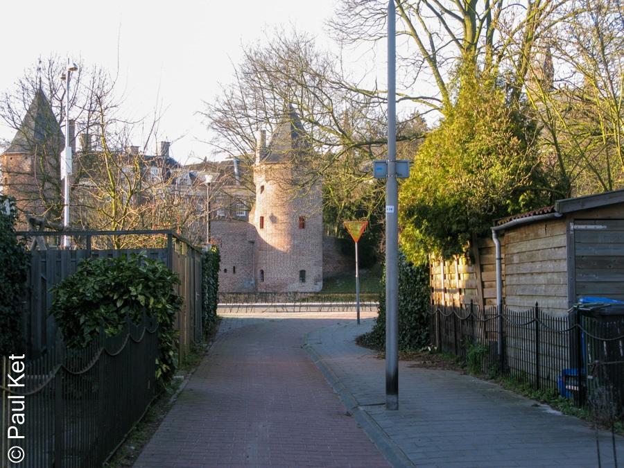 "Taken at Latitude/Longitude:52.152976/5.393007. 0.44 km East Amersfoort Utrecht Netherlands <a href=""http://www.geonames.org/maps/google_52.152976_5.393007.html""> (Map link)</a>"