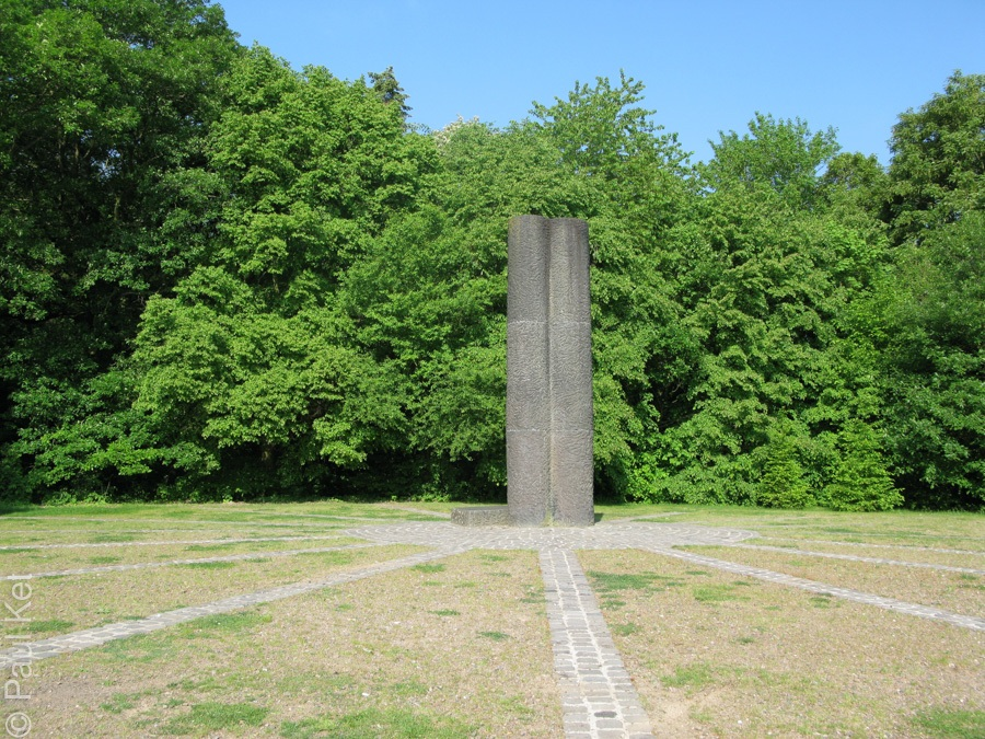 "Taken at Latitude/Longitude:50.327963/7.582155. 0.60 km South Horchheim Rhineland-Palatinate Germany <a href=""http://www.geonames.org/maps/google_50.327963_7.582155.html""> (Map link)</a>"