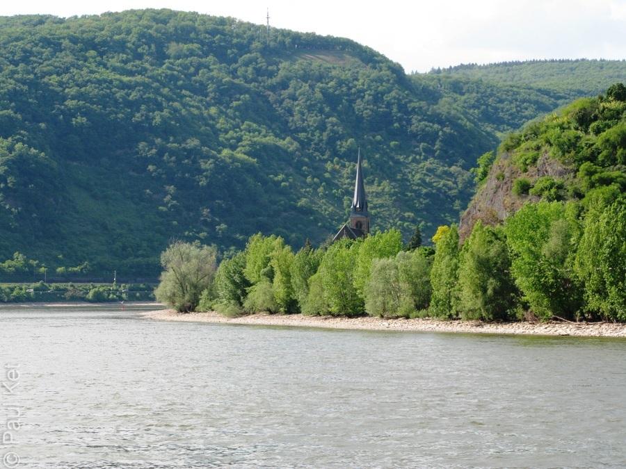 "Taken at Latitude/Longitude:50.232864/7.590131. 0.22 km North Boppard Rhineland-Palatinate Germany <a href=""http://www.geonames.org/maps/google_50.232864_7.590131.html""> (Map link)</a>"