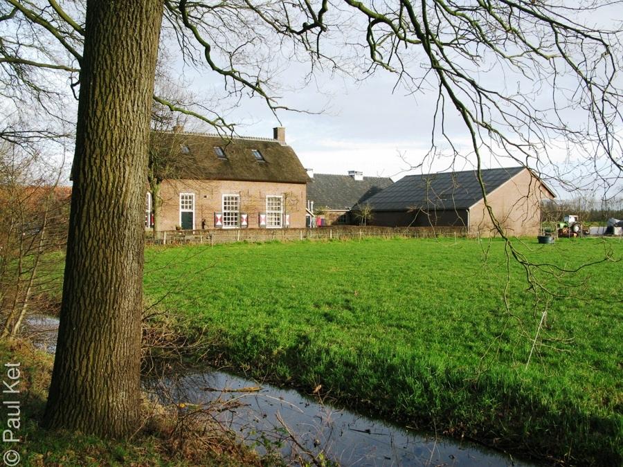 "Taken at Latitude/Longitude:52.020694/5.368316. 1.76 km West Darthuizen Utrecht Netherlands <a href=""http://www.geonames.org/maps/google_52.020694_5.368316.html""> (Map link)</a>"